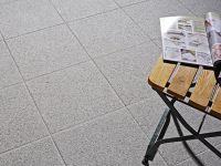 domino_facette_40x40cm_granitgrau_2